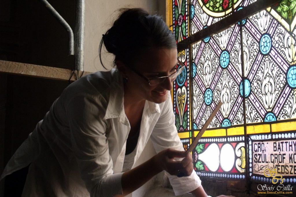 bunte-kirche-glasmalerei-bleiglasfenster-sakral-kirche-bleiverglasung-csilla-soos-restaurierung-reparatur-felbar (14)